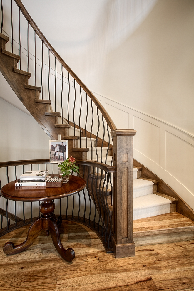 Staircase railing Railing is alder shaker post with oil rubbed bronze spindles #staircase #railing