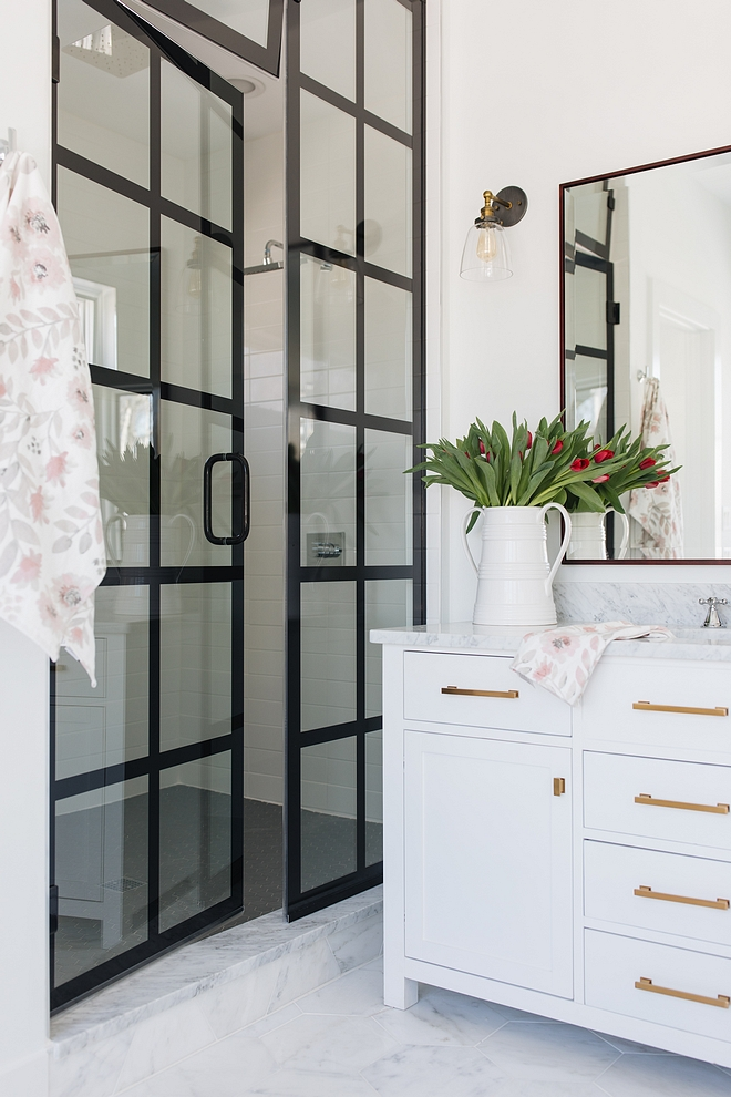Bathroom Black Steel Frame Black Steel and Glass Shower Bathroom Black Steel Frame Black Steel and Glass Shower sources on Home Bunch #Bathroom #BlackSteelShower #BlackFrameShower #BlackSteelandGlassShower #shower #steelshowerdoor