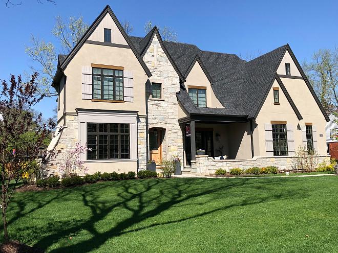 Stucco and Stone Exterior Home Exterior Stucco dark shingle roof and black windows exterior #Stucco #Stuccoexterior #Stuccohomes