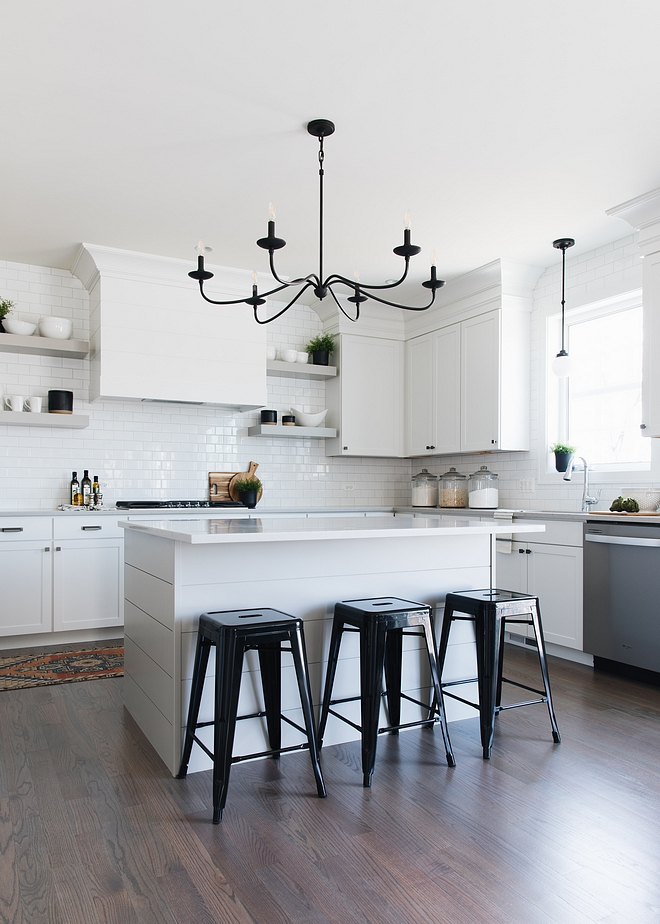 Benjamin Moore Ozark Shadows Benjamin Moore OC-26 Ozark Shadows Soft Grey Kitchen island paint color Benjamin Moore OC-26 Ozark Shadows Benjamin Moore OC-26 Ozark Shadows #BenjaminMooreOC26OzarkShadows #BenjaminMooreOzarkShadows #BenjaminMooreOC26