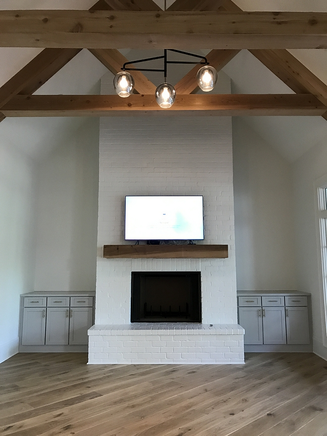 Painted Brick Fireplace Paint Color Super White PM-1 by Benjamin Moore Painted Brick Fireplace Paint Color Super White PM-1 by Benjamin Moore Painted Brick Fireplace Paint Color Super White PM-1 by Benjamin Moore #PaintedBrickFireplace #BrickFireplace #PaintColor #SuperWhite #BenjaminMoorePM1 #BenjaminMoorepaintcolors