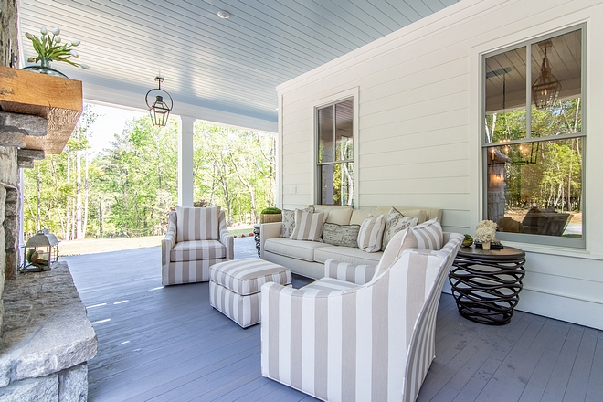 Sherwin Williams Atmospheric Blue porch ceiling painted in Sherwin Williams Atmospheric in Satin Latex Sherwin Williams Atmospheric #SherwinWilliamsAtmospheric