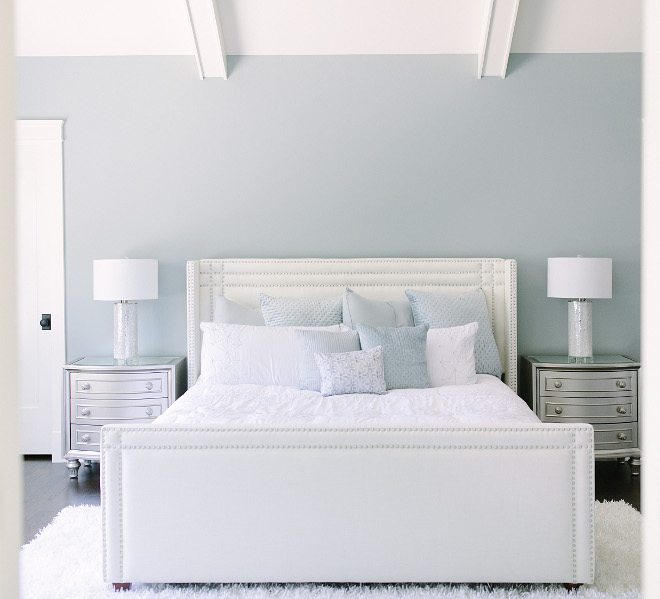 Boothbay Gray by Benjamin Moore Bedroom Paint Color Boothbay Gray by Benjamin Moore Boothbay Gray by Benjamin Moore #BoothbayGrayBenjaminMoore #BenjaminMoore #BenjaminMoorePaintColors