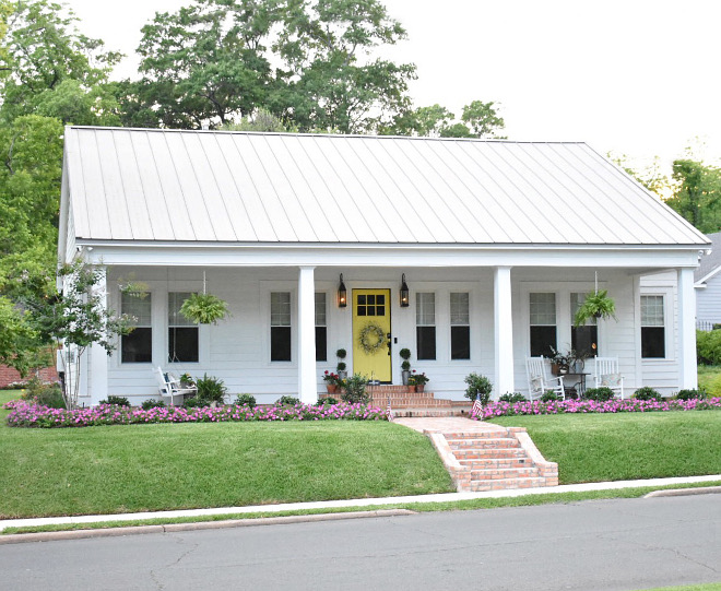 Extra White by Sherwin Williams Extra White by Sherwin Williams Original siding painted in Extra White by Sherwin Williams #ExtraWhitebySherwinWilliams