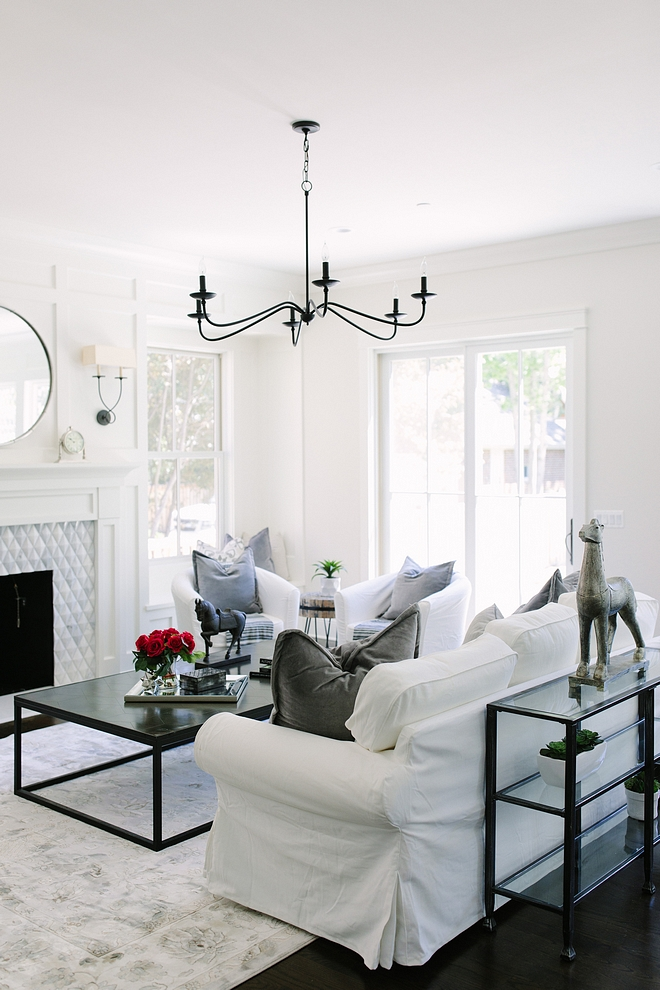 Classic Gray by Benjamin Moore Room painted Classic Gray by Benjamin Moore Classic Gray by Benjamin Moore OC-52 #ClassicGraybyBenjaminMoore #ClassicGrayBenjaminMooreOC52