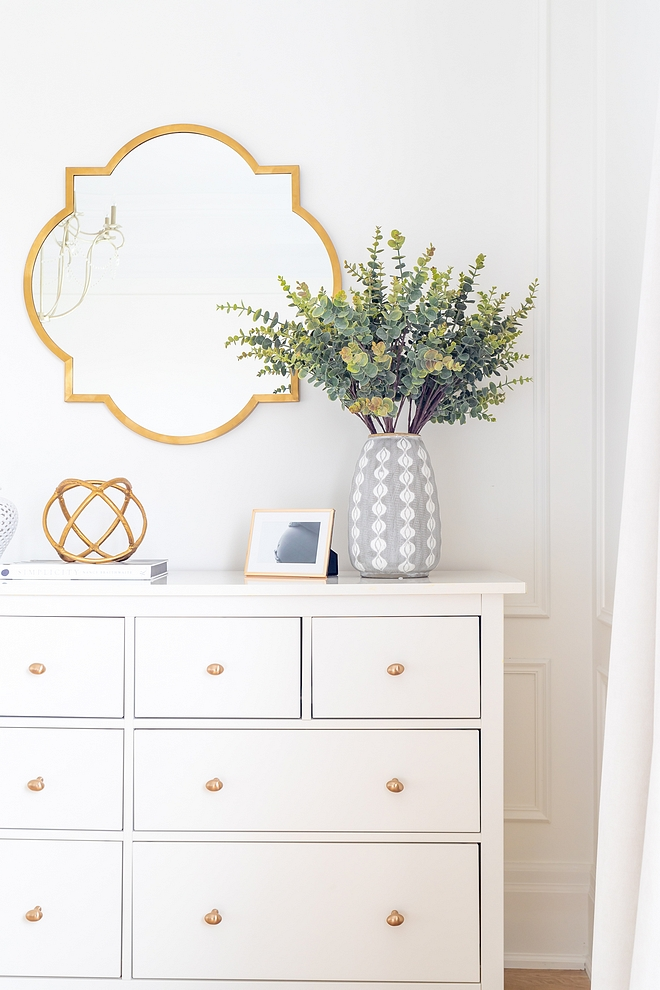 Dresser Styling Ideas Dresser with brass mirror and modern vase Dresser Decor Dresser #Dresser #DresserStyling #DresserDecor