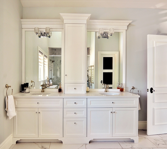 Cabinet paint colour Benjamin Moore simply white