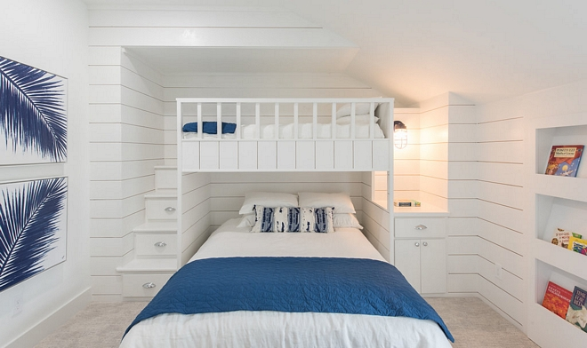 Bunk Room Bookcase Bookcase for kids The bunk room also features a custom wall bookcase #bunkroom #bookcase