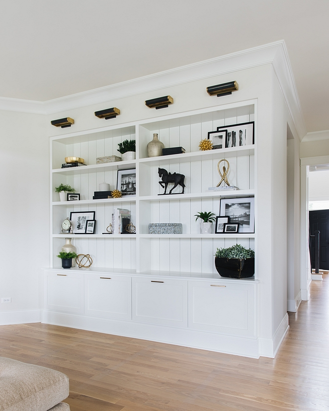 Simply White OC-117 by Benjamin Moore Cabinetry Paint Color Simply White OC-117 by Benjamin Moore #SimplyWhiteOC117byBenjaminMoore