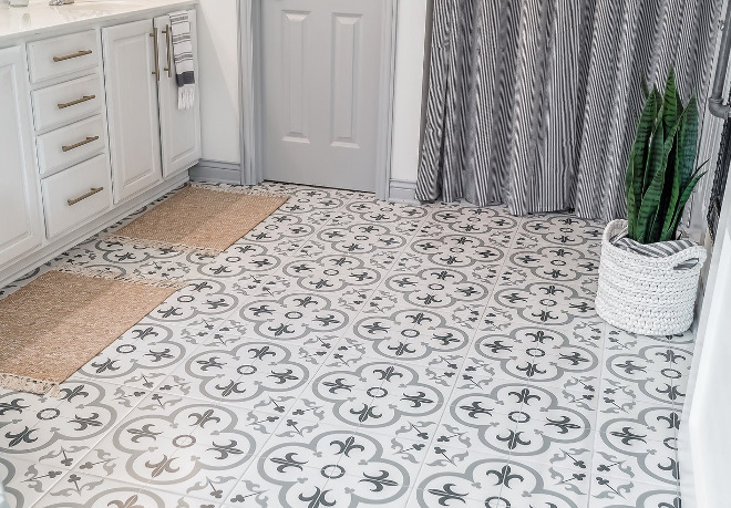 Bathroom renovation with cement tile Renovated bathroom with cement tile Floor and Decor Florentina Gray Tile Bathroom renovation with cement tile #Bathroomrenovation #cementtile