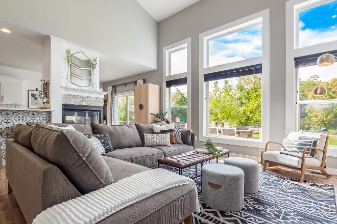 Sectional sofa pillow styling Our goal with changing the furniture and layout in this room was to create more livable space. We chose a mid century modern sofa that was not only the design we wanted, but also extremely comfortable #sofasection #sectionalpillows