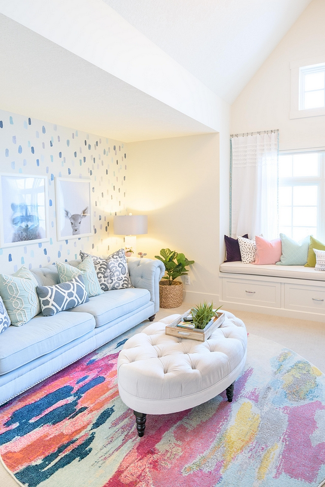 Playroom Ideas Play room with neutrals walls and with colorful decor to bring more fun to the space #playroom