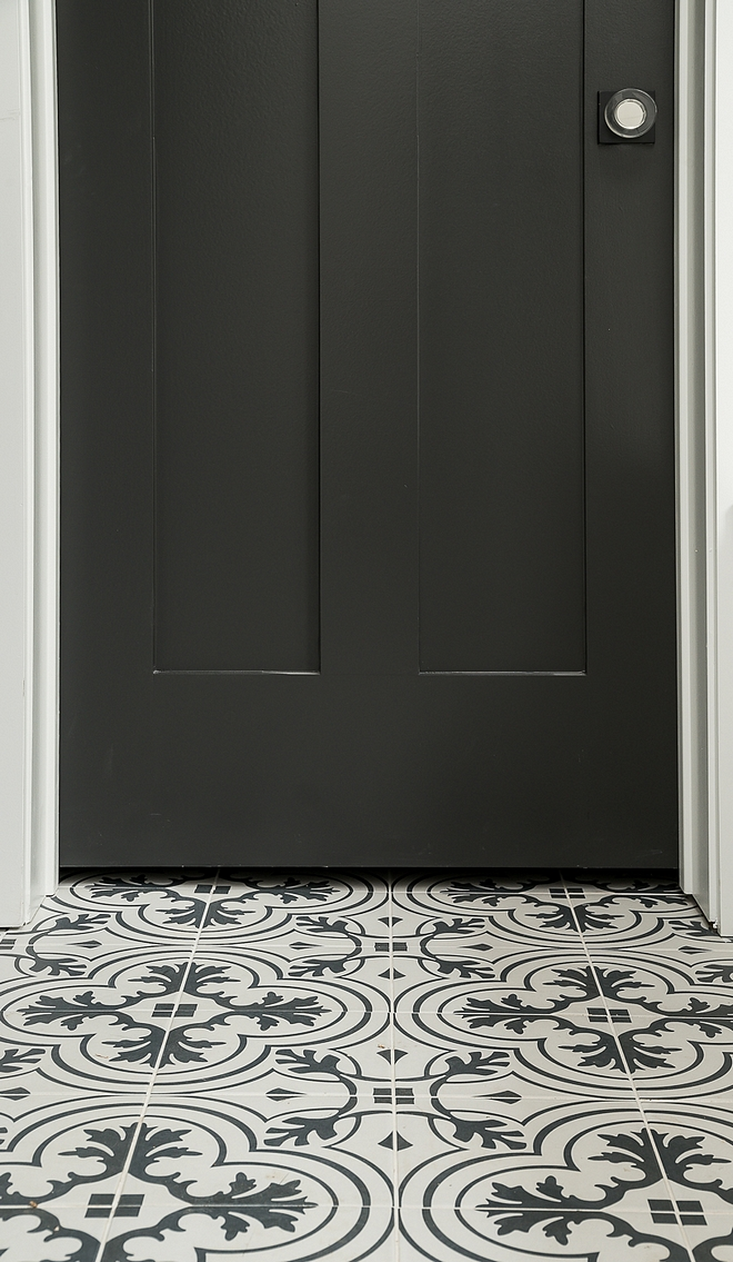 Large Black and white cement tile sources on the blog Large Black and white cement tile Large Black and white cement tile #LargeBlackandwhitecementtile