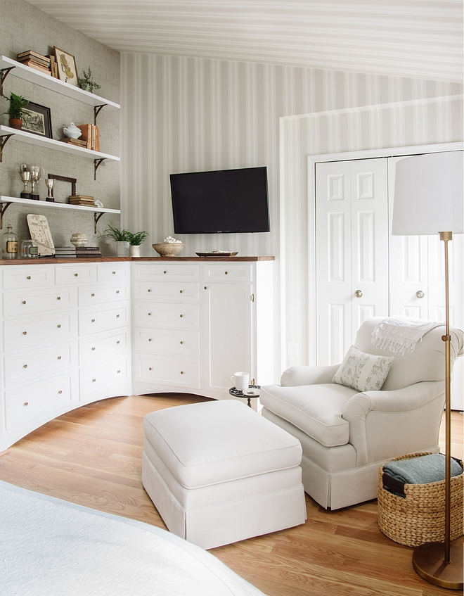 Bedroom Sitting Area Built-in The built-ins were made with a slightly antique, furniture feel #Bedroombuiltin #bedroom #builtin #sittingarea