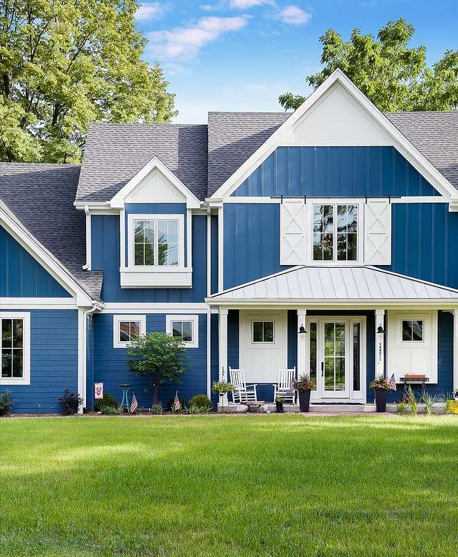 Modern Farmhouse Roof Ideas The home combines shingle roof and metal roof. This is a very popular combination for modern farmhouses Modern Farmhouse Roof #ModernFarmhouse #Roof #shingleroof #metalroof