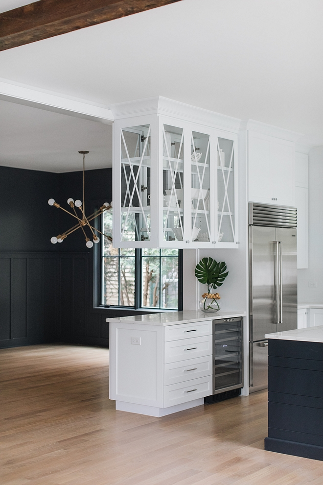 """Kitchen Beverage Cabinet This beverage center can also be used as """"butler's pantry"""" since it opens the dining room Practical and economical idea #Kitchen #Beveragecenter #beverageCabinet"""