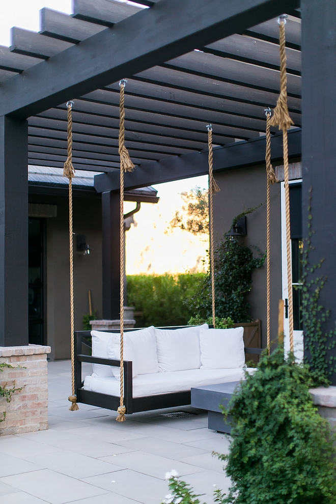 Black Pergola Backyard with a black and white color scheme Black Pergola Backyard #BlackPergola #Backyard