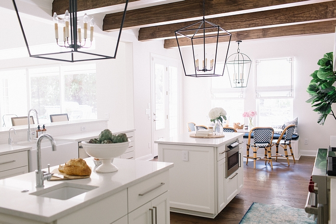 White Dove by Benjamin Moore White off kitchen cabinet paint color White Dove by Benjamin Moore White off kitchen cabinet paint color Classic paint color #WhiteDovebyBenjaminMoore #Whiteoffkitchen #Whiteoffkitchencabinet #paintcolor
