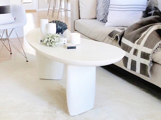 White Jelly Bean Goop coffee table White Jelly Bean Goop coffee table #WhiteJellyBeanGoop #goopcoffeetable #coffeetable