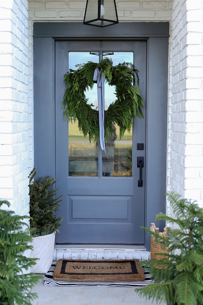 Natural Christmas Decor Front Door with Natural Wreath and natural Christmas tree Front Entry Porch Natural Christmas Decor Ideas #NaturalChristmasDecor #ChristmasDecor #ChristmasDecor