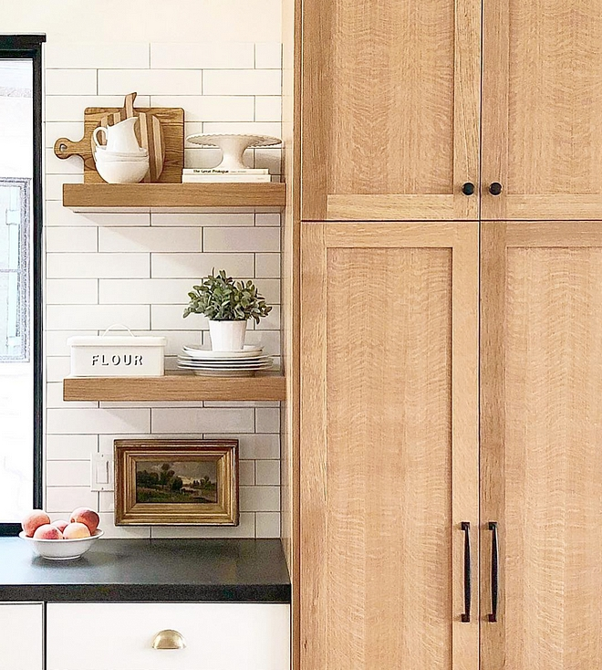 White Oak Kitchen Cabinet White oak with a clear protective finish White Oak Kitchen White Oak Kitchen #WhiteOakKitchen #WhiteOakKitchencabinet #WhiteOakKitchenfinish