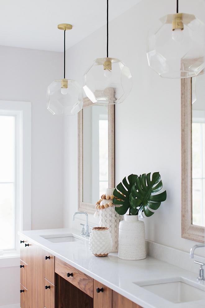 Master bathroom countertop is Arabescato Venato marble Bathroom Countertop Master bathroom countertop is Arabescato Venato marble #bathroom #countertop #ArabescatoVenatomarble