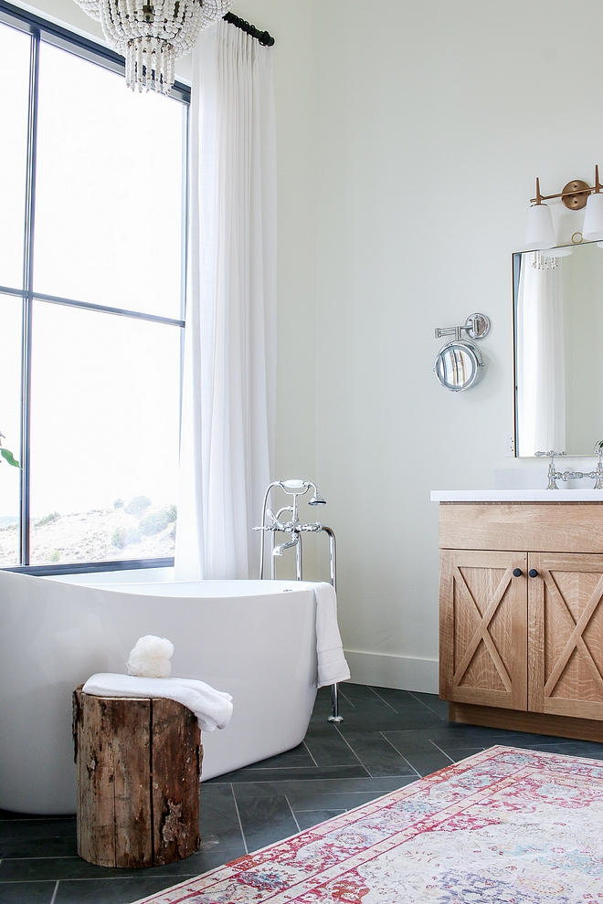 Benjamin Moore Simply White The bathroom paint color is Benjamin Moore Simply White Benjamin Moore Simply White Benjamin Moore Simply White Benjamin Moore Simply White #BenjaminMooreSimplyWhite