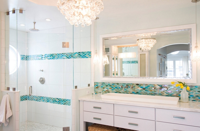 Bathroom mirror Beach house bathroom The mirror was custom made and it's a combination of 2 frames stacked. A white outer frame with a smaller metallic frame on the inside #bathroom #mirror #bathroommirror