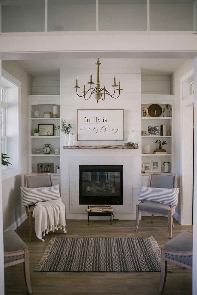 Keeping Room Small room right by foyer Keeping Room Ideas Small Keeping Room with fireplace #KeepingRoom #fireplace #smallroom
