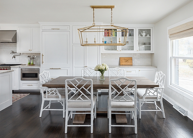 Open Kitchen and dining area The kitchen cabinets continue to the dining area, allowing for more storage and counter space, which can also be used a butler's pantry when entertaining #kitchen #cabinet #diningarea #kitchens #butlerpantry