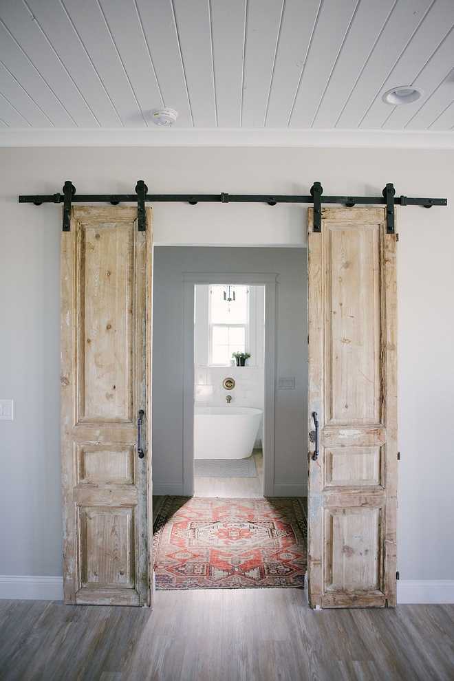 Antique Barn Door Ideas Antique Barn Door Ideas Bathroom Antique Barn Doors Antique doors used as barn door #AntiqueBarnDoors #Antiquedoors