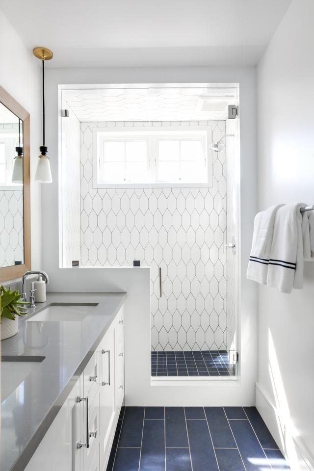 Picket Wall Tile Shower Picket Tile White Picket Tile #Pickettile #WallTile #Showertile #Picket #Tile #WhiteTile