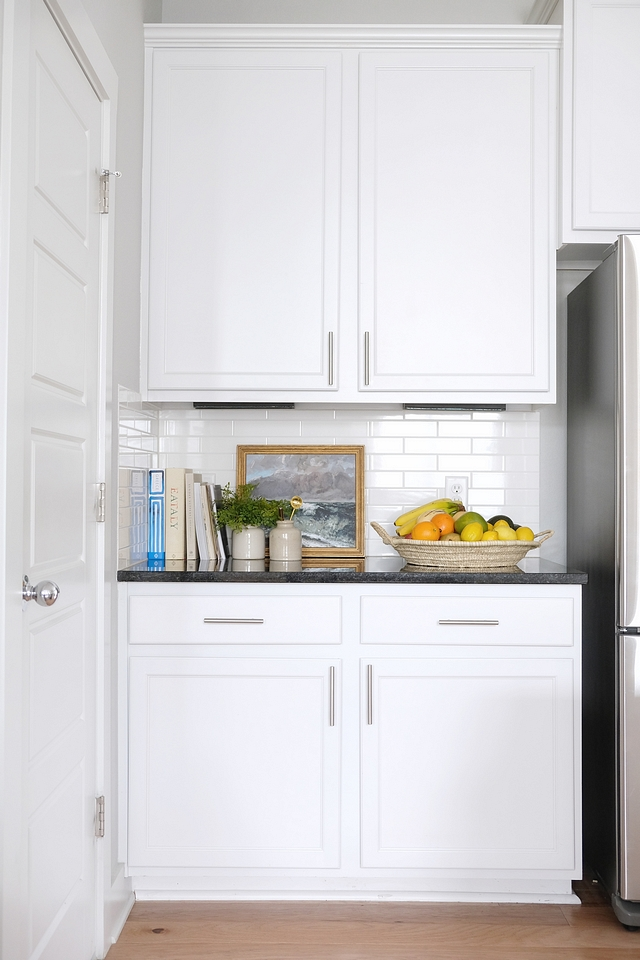 Sherwin Williams Extra White Sherwin Williams Extra White Super crisp white paint color for cabinets Sherwin Williams Extra White Sherwin Williams Extra White Sherwin Williams Extra White #SherwinWilliamsExtraWhite