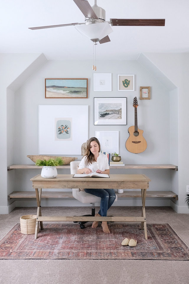 Home Office with DIY Shelves and Gallery Wall Home Office with DIY Shelves and Gallery Wall Ideas Home Office with DIY Shelves and Gallery Wall Home Office with DIY Shelves and Gallery Wall #HomeOffice #DIYShelves #DIY #Shelves #GalleryWall