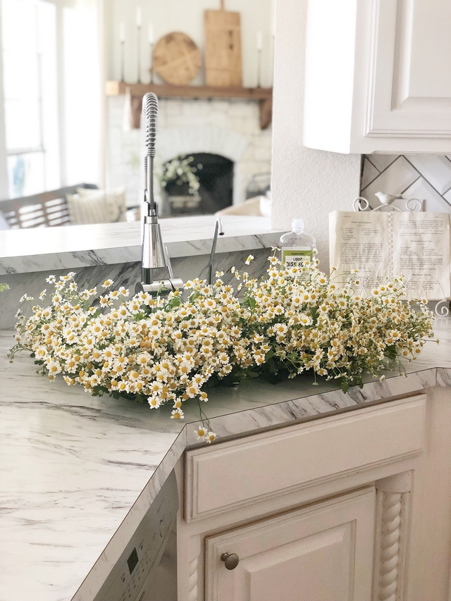 I much rather see flowers inside of a sink than dirty dishes #sink #flowers #kitchen