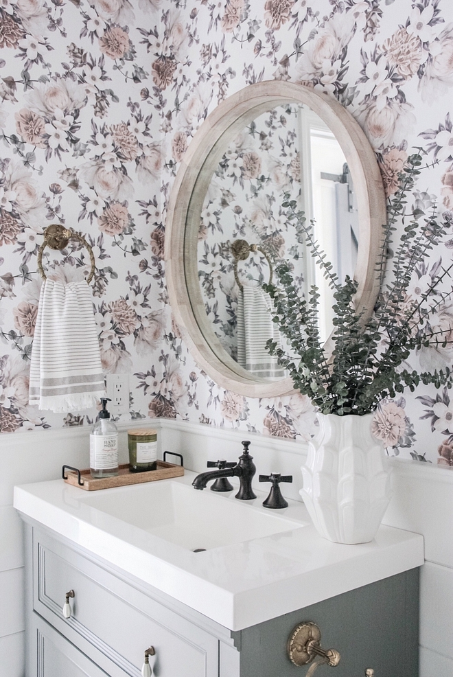Floral Wallpaper Half bathroom Floral Wallpaper and grey vanity Floral Wallpaper Ideas #FloralWallpaper #bathroom #halfbathroom