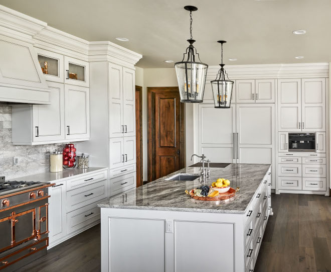 Rocky Mountain Granite Kitchen island countertop The kitchen island features a Rocky Mountain Granite polished countertop Rocky Mountain Granite Rocky Mountain Granite #RockyMountainGranite #Granite #Granitecountertop