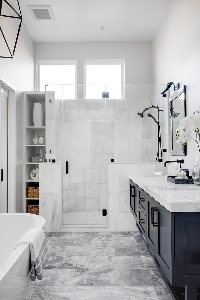 Bathroom with built-in bookshelf by shower Bathroom with built-in bookshelf by shower ideas Bathroom with built-in bookshelf by shower Bathroom with built-in bookshelf by shower #Bathroom #builtinbookshelf #showerbookshelf #shower