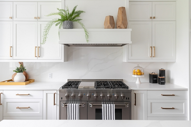 Kitchen Hood I love the shelf above the hood vent! We opted against open shelving so building our hood vent this way allowed me the option to still do some shelf styling #kitchenhood #mantel #hoodmantel