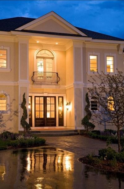 Classic Home Design - Home Bunch Interior Design Ideas