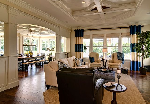 Well Designed Home By Farinelli Construction Home Bunch