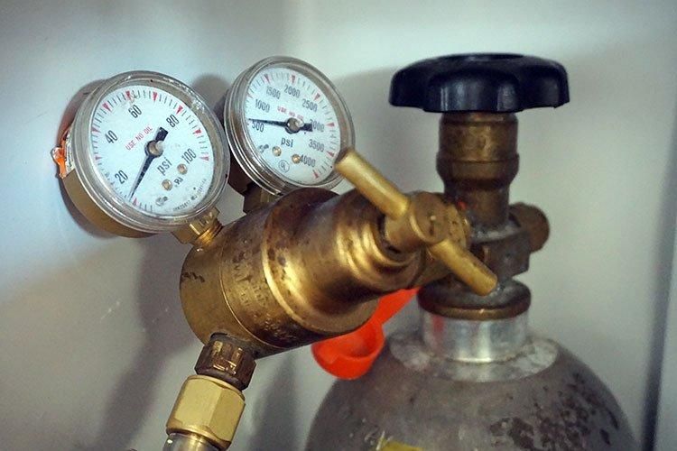 a brass co2 regulator