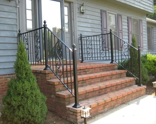 Decorative Outdoor Handrails To Add The Beauty Of The Stairs | Decorative Handrails For Outdoor Steps | Exterior Black Metal | Foldable | Single Post | Farmhouse | Solid Wood