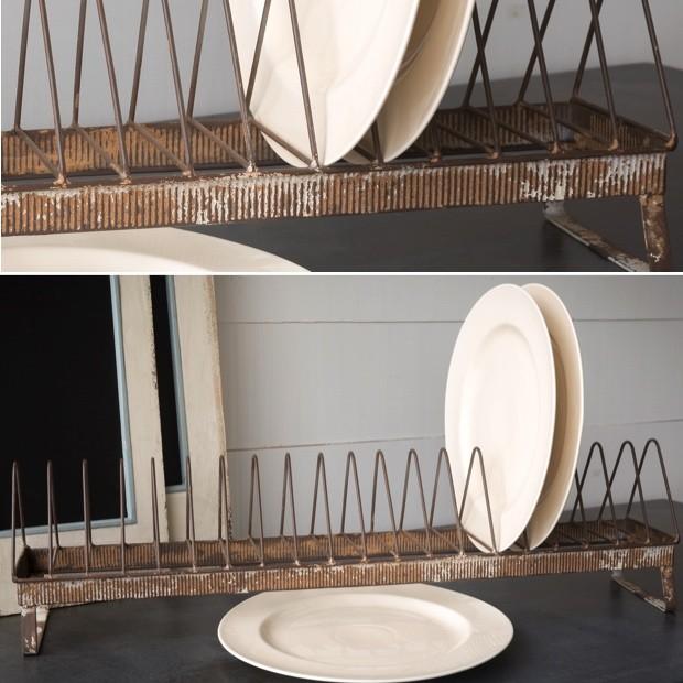 chicken-feeder-plate-rack