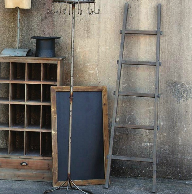 display-ladder