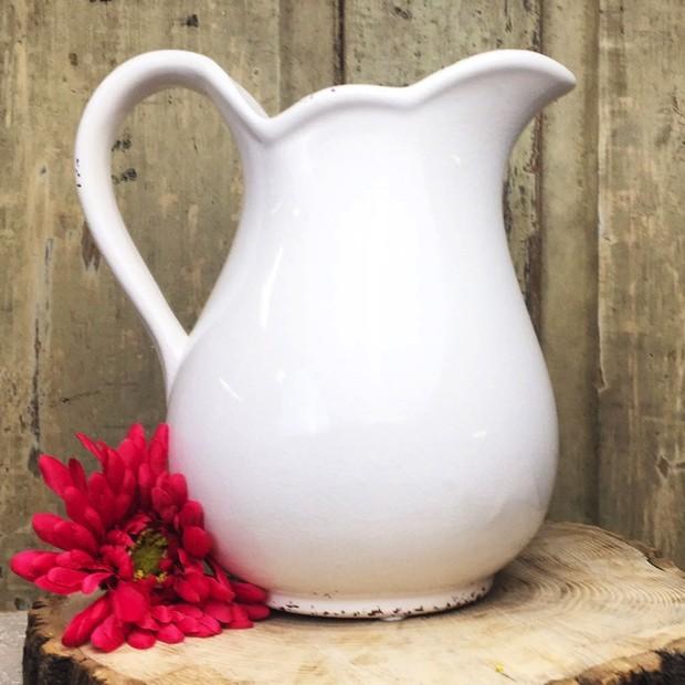 white-ceramic-pitcher_3