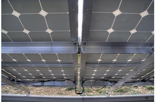 under panels green