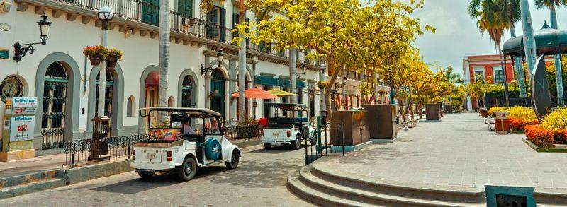 Pulmonías y aurigas: íconos de Mazatlán?   Homeet