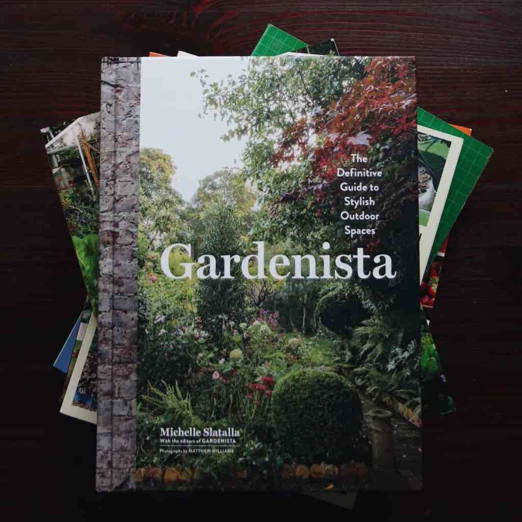 List of Gardening Books | The Best Books for an Organic Gardener | from Home for the Harvest | www.homefortheharvest.com
