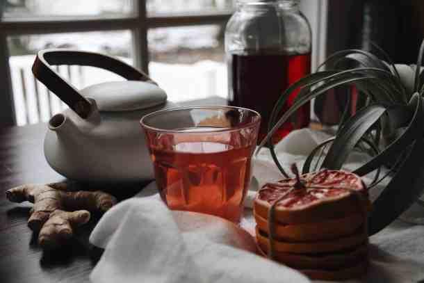 Homemade Kombucha: DIY Instructions for Fermented Tea